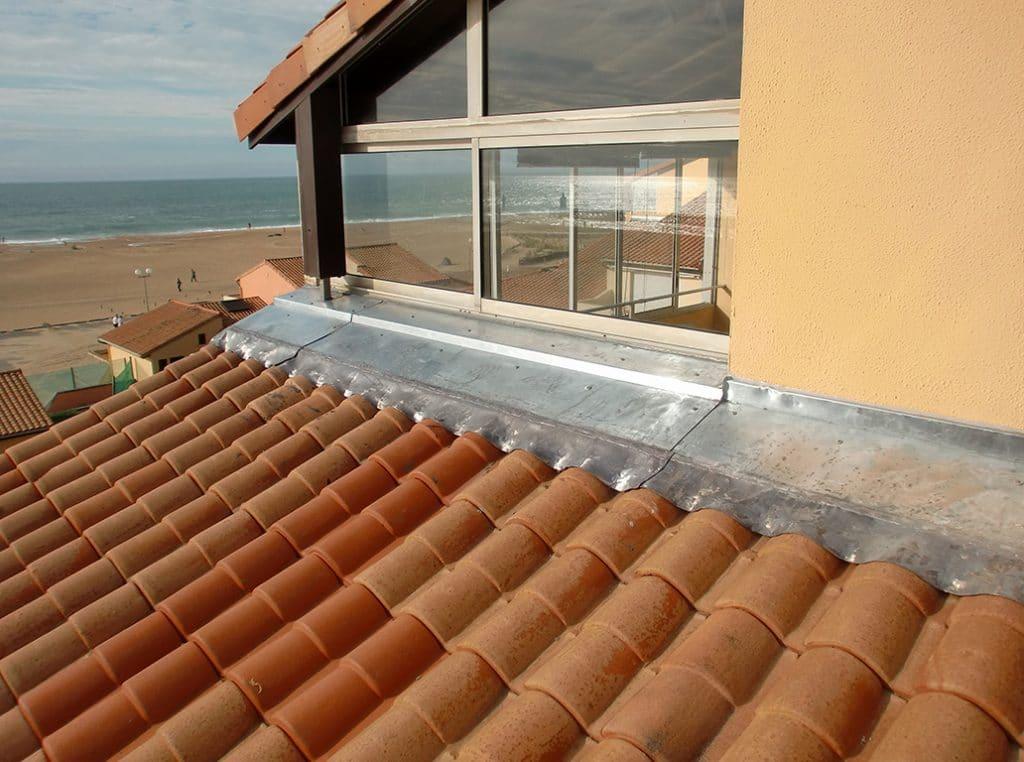 couverture-isolation-toiture-zinc-tuiles-ardoise-bayonne-et alentours-darrieumerlou-64-20